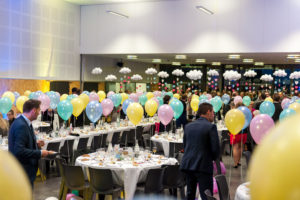 Animation avec ballon hélium, événement, anniversaire, soirée